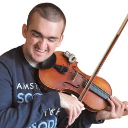 David Günther ist Musiklehrer, blind und Rollstuhlfahrer