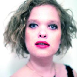 Itje alias Käthe deKoe im Porträt